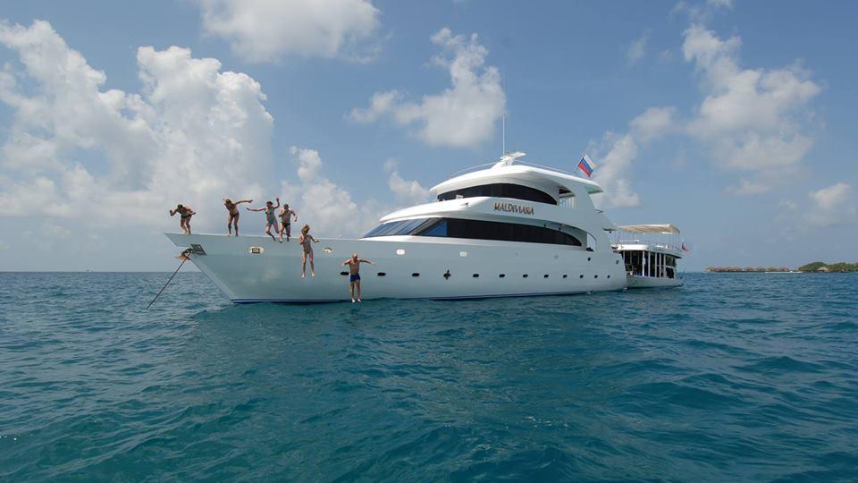 Яхта Мальдивиана_3_cr